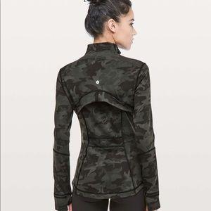 Lululemon Define Jacket camo Sz 7 NWT